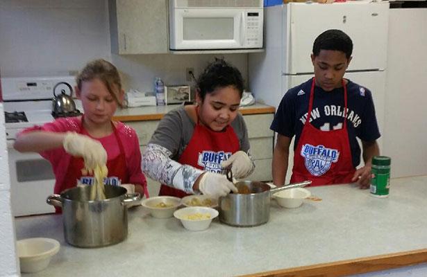 Buffalo PAL cooking class